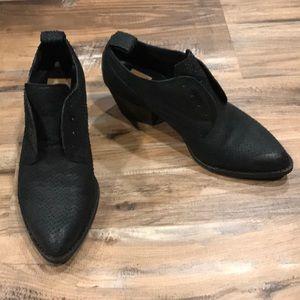 Dolce Vita Leather Python Black Oxfords 7 GOT